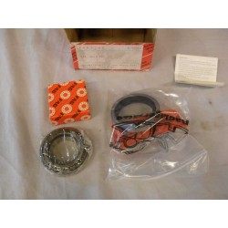 Taper roller bearing set front